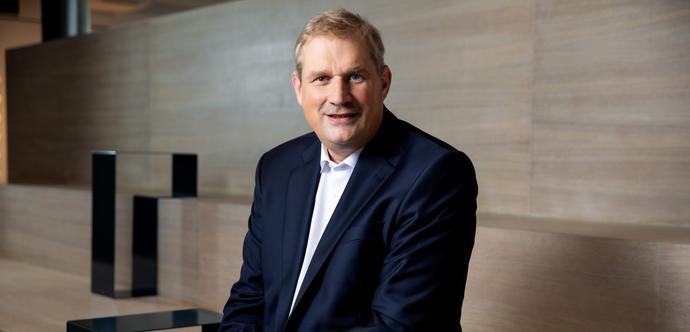 Dr. Frank Heinricht